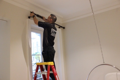 Curtain fitters South West London FITT ERIND